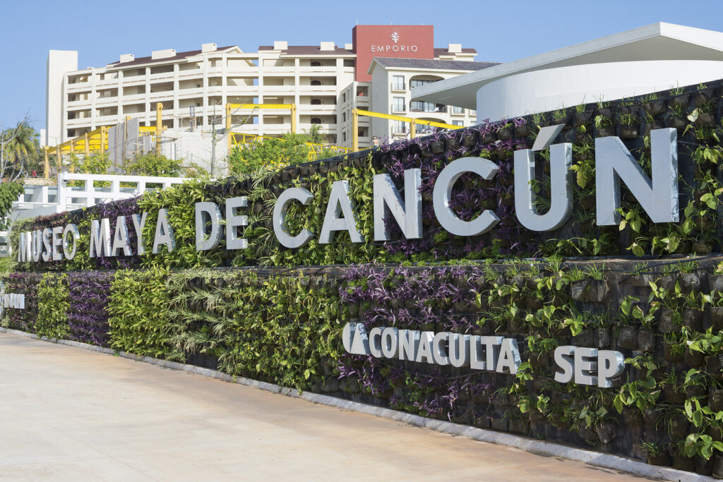 Maya Museum Of Cancun, Krystal International Vacation Club
